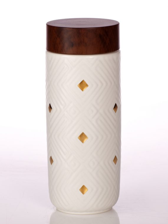 Miracle-Tumbler-White-with-Hand-painted-Golden-Diamond-Checks